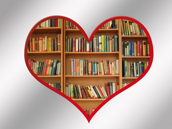 hila-meidan-books2-600x450